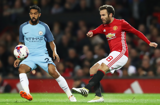 Mata sikrede United-oprejsning i derbyet