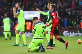 Liverpool dukket af Bournemouth i overtiden