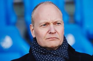 Niels F: Bedre vi får et hak i tuden nu