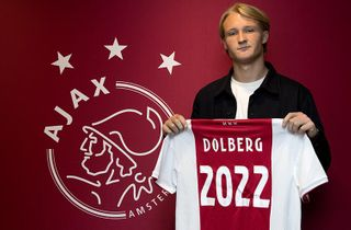 Kasper Dolberg forlænger til 2022 i Ajax