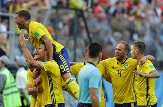 Sverige ordnede Rusland og rykker op