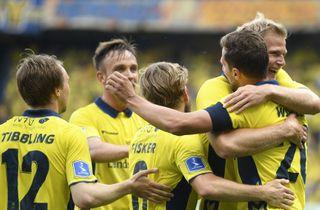 Fem Superliga-kampe på plakaten