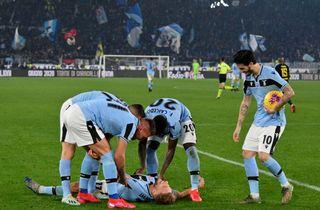 Eriksen indskiftet i Inter-skuffelse mod Lazio
