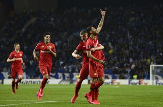 Leverkusen tævede Porto i egen hule