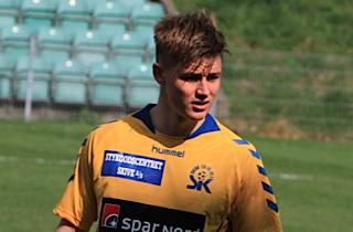 Mads Pedersen træner med i Vejle
