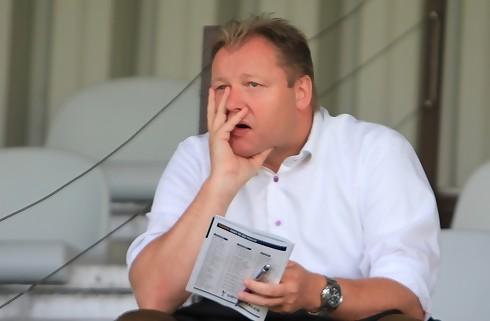Sportschef ærgrer sig over Fenger-skifte