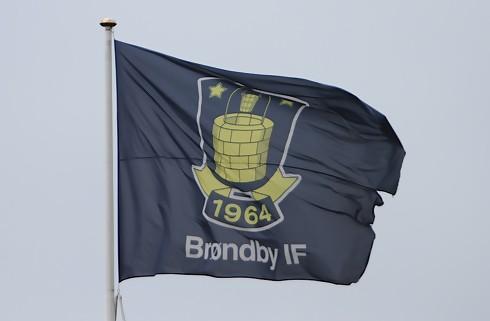 Brøndby forhandler med Tobias Weis