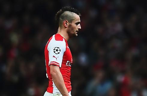 Villa-boss har snakket Debuchy med Wenger