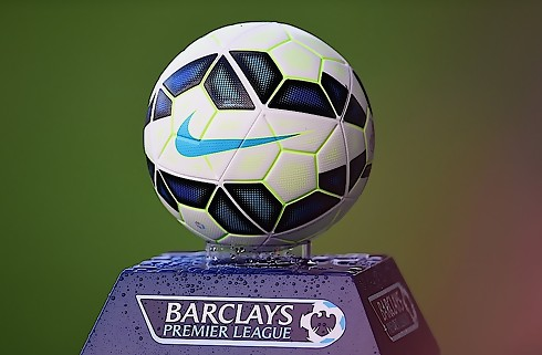 Premier League får aftenkamp om lørdagen