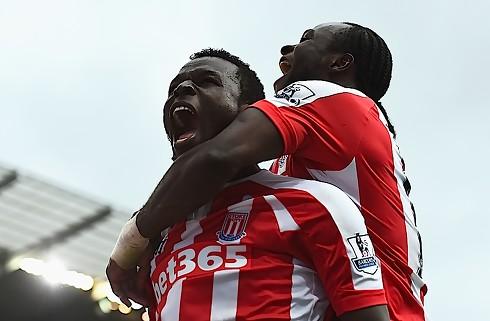 Stoke forlænger med Diouf