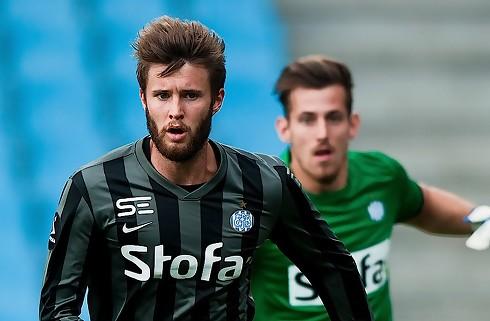 Esbjerg ophæver med Daniel Stenderup