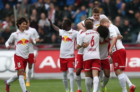 Salzburg erstatter Garcia med Rose