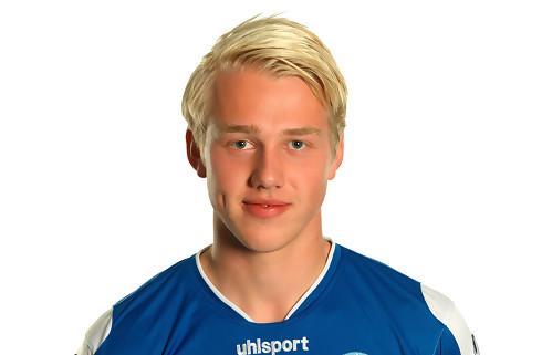 Nicolai Flø vil holde Enevoldsen ude