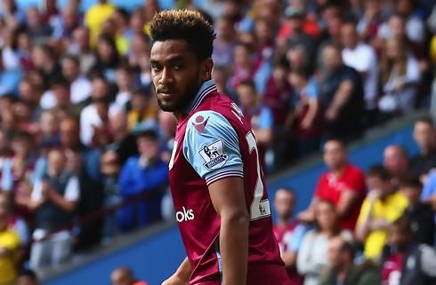Aston Villa-ejer langer ud efter Sevilla