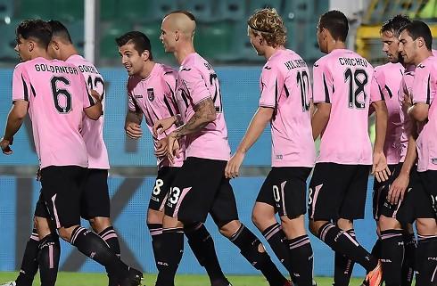 Palermo-boss fyrer alligevel udeblevet træner