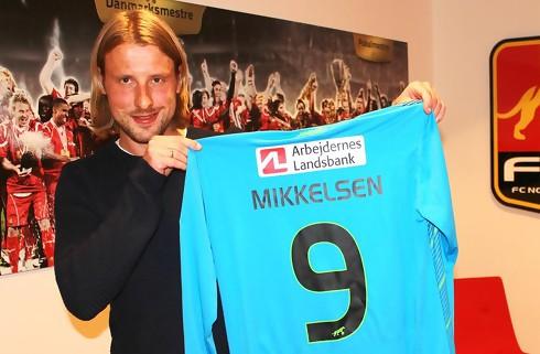 Officielt: FCN henter Tobias Mikkelsen