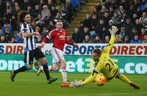 United smed føringer i 3-3-drama