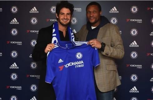 Officielt: Pato i Chelsea s�sonen ud