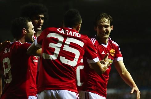 Rooney satte United i gang med pragtm�l