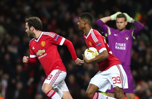 Storspillende United sendte FCM ud i m�rket