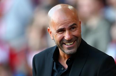 Ajax-træner ville helst holde Dolberg hjemme