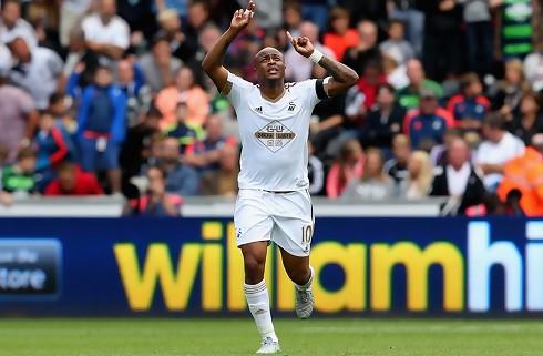 Crystal Palace lejer Ayew i Swansea