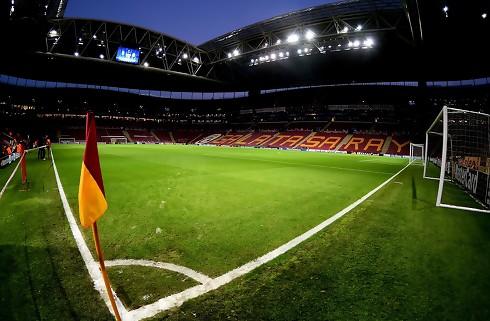 Galatasaray lejer nigerianer i Everton