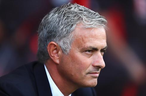 Mourinho tror på langt United-ophold