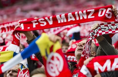 Mainz giver ny kontrakt til ung stopper