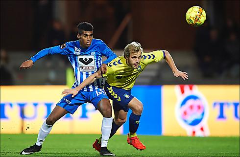 Ung Esbjerg-back kæmper for minutter