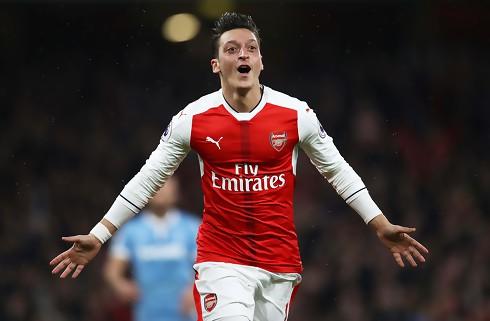 Mkhitaryan: Özil er verdens bedste 10'er