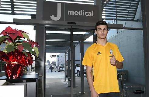 Atalanta lejer kantspiller i Juventus
