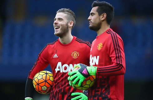 Mourinho vil ikke slippe sine keepere