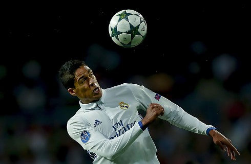 Varane tror på at Real kan stoppe PSG