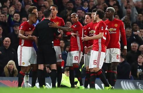 United får bøde for uro ved udvisning