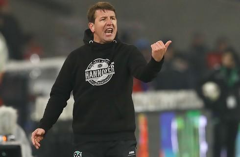 Bechs Hannover skifter ud på trænerposten