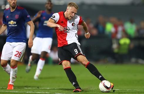 Nicolai J. scorede to i Feyenoords 10-1-sejr