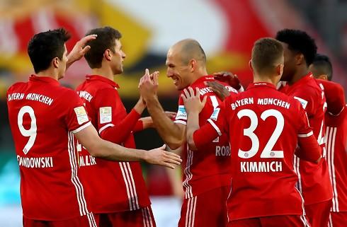 Bayern smadrede Fischer-løse Mainz