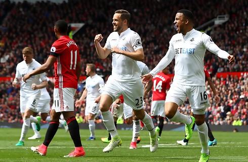 Gylfi: Fantastisk at score på Old Trafford