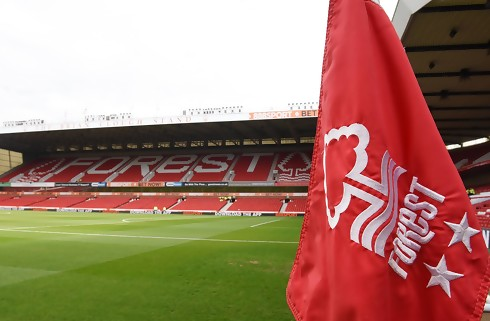 Nottingham Forest henter duo i Benfica