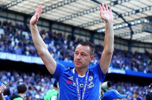 Redknapp vil have Terry til Birmingham