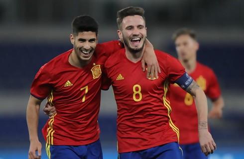 Sprudlende Asensio bag stor spansk sejr