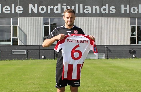 Officielt: AaB henter Kristoffer Pallesen