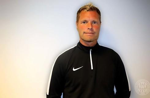 Viborg fyrer sportschefen