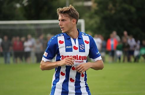 Daniel Høegh nyder livet i Heerenveen