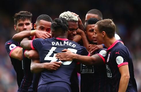 Huddersfield og dansk trio fra land med sejr