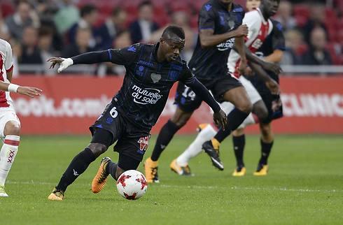 Fulham snupper Seri og midtstopper i Nice