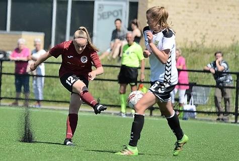 Michelle Sundahl glad for udvikling i Odense Q
