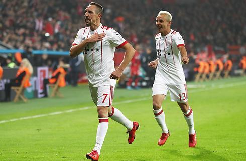 Bayern buldrede videre mod Leverkusen