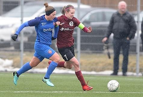 Tilfreds Tenna Kappel: Spillede som et hold